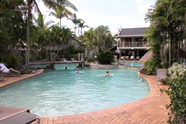 Great 2 Bedroom Unit on Noosa River
